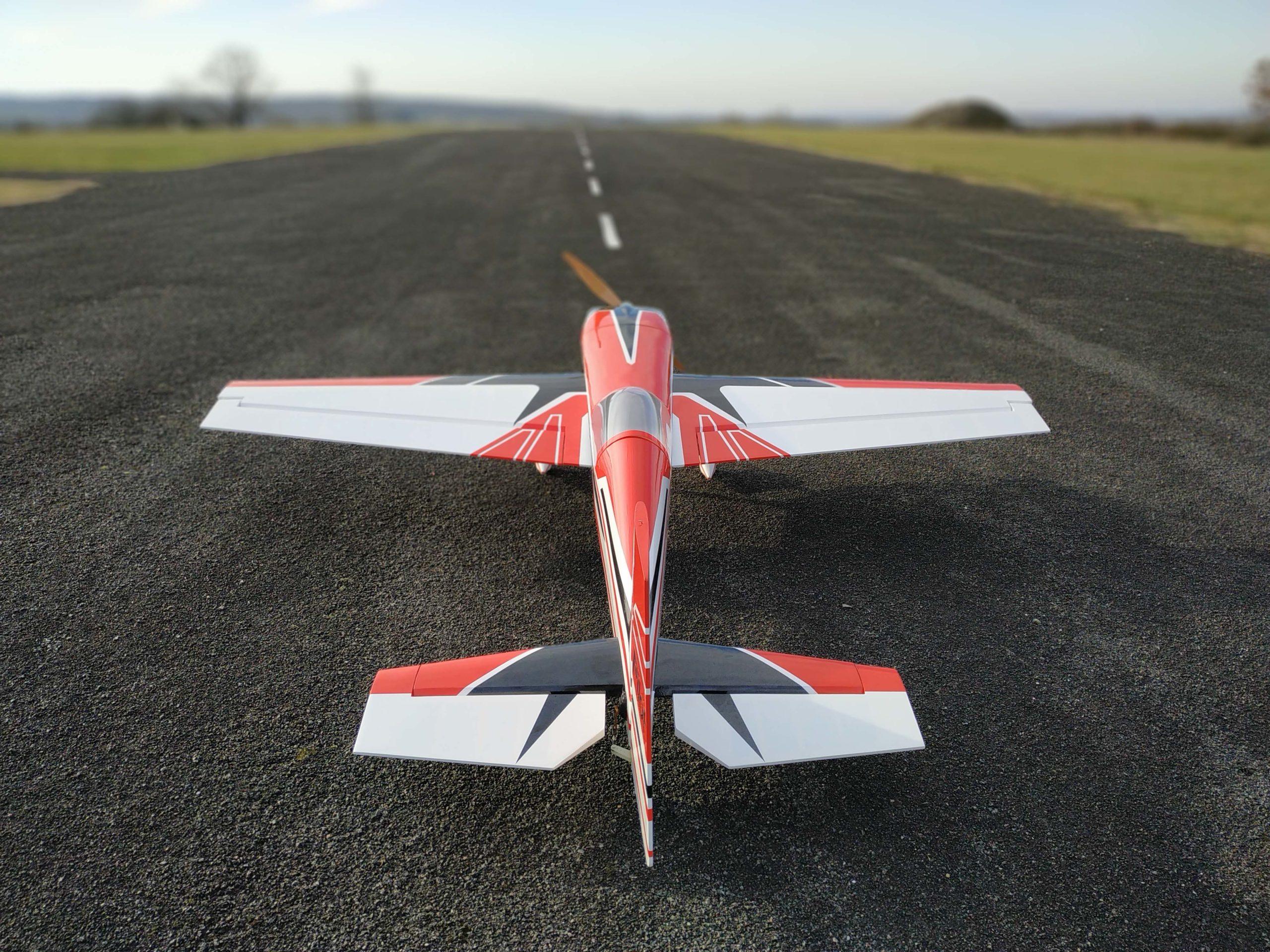 "PilotRC extra 330SC 92"""